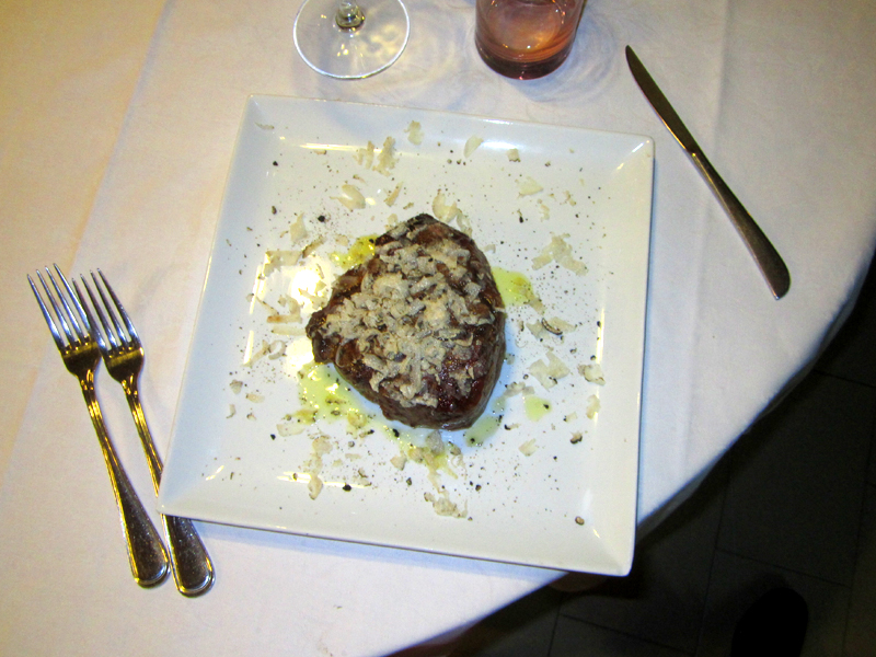 Filetto di Vitello al tartufo.